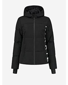 NIKKIE - Nikkie Logo Chest Ski Jacket - zwart
